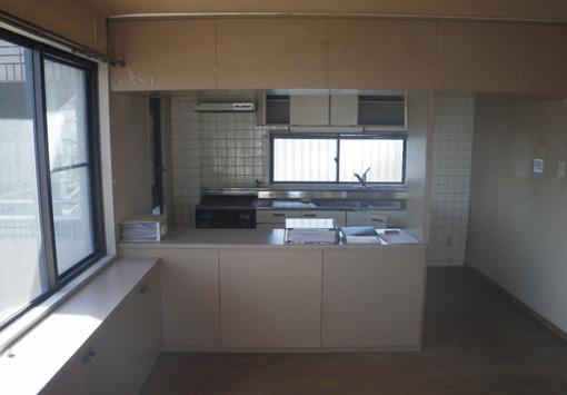 ゆったりとした広がりのあるマンションの1フロアルームの醍醐味を生かした改修1